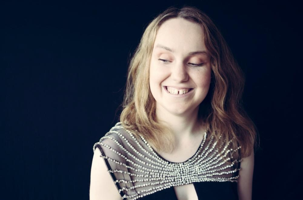 Blind Mayo Manchester Soprano Singer aims to raise £20,000 to fund
